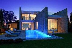 Вилла-люкс с 5 спальнями 420 м2, сад 752 м2 на курорте 5*