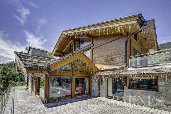 Купить дом во французских альпах международный аэропорт дубай 2 сезон 1 серия