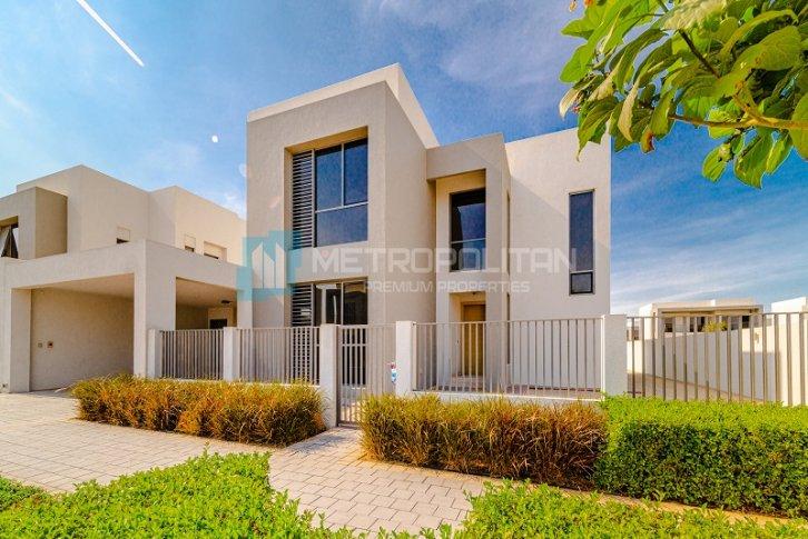 Аренда недвижимость в оаэ купить квартиры дубай 9 день