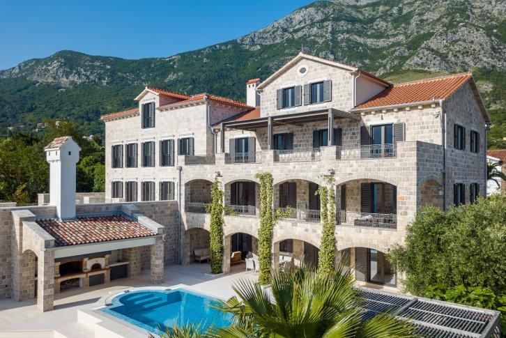 Вилла в черногории купить 1 1 авсаллар вторичку купить