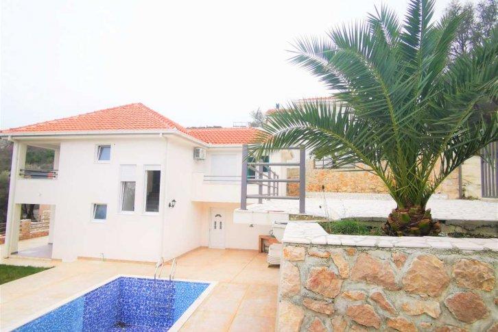 недвижимость за рубежом недорого дома в черногории промингрупп