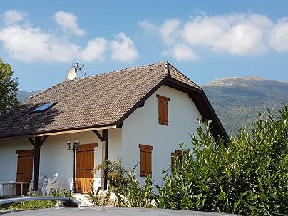 купить домик в швейцарии недорого в деревне