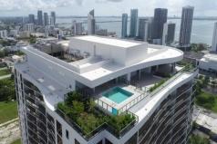 Новые апартаменты в центре Майами.