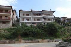 Апартаменты с видом на море на Халкидиках.