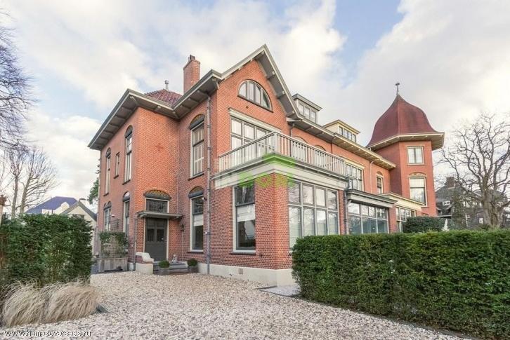 Дом в амстердаме цена аренда квартир в дубае отзывы