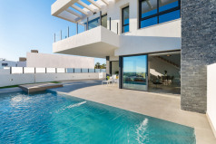 Дом в Рохалесе, Испания