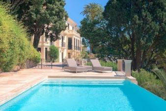 Дом в Рокебрюн-Кап-Мартене, Франция
