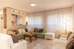 Квартира в Рафине, Греция