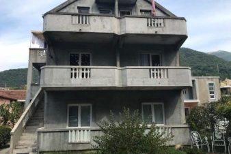 Дом в Тивате, Черногория