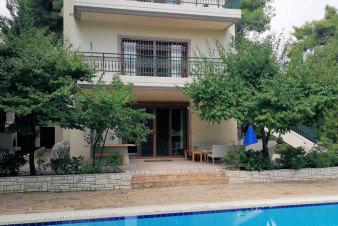Дом в Афинах, Греция