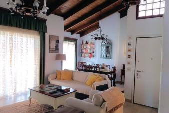 Квартира в Палео Фалиро, Греция