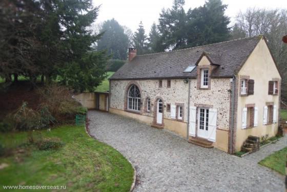 Дом в деревне во франции купить бурдж дубай отель
