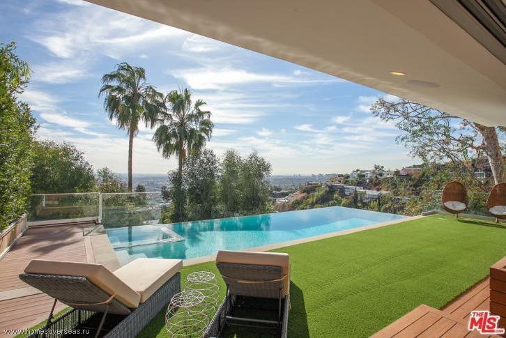 Дома на голливудских холмах цена жилья в швейцарии