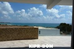 Квартира в Корал Бей, Кипр