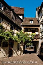 Традиционные эльзасские дома выглядят очень колоритно