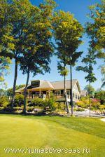 Клаб-хаус на гольф-курорте Red Leaves, где стоимость апартаментов стартует от $220 000
