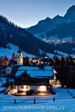 Доломитовые Альпы с их многочисленными курортами расположены на северо-востоке страны
